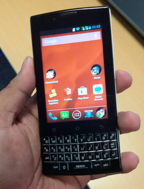 Smartfren Andromax G2 Touch Qwerty, HP Android Harga 1 Juta